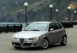 battle alfa romeo 147 vs peugeot 207 1001moteurs rh 1001moteurs com alfa romeo 147 1.9 jtd user manual alfa romeo 147 jtd owner's manual