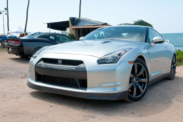 Nissan GTR V6 Bi-turbo 550ch fast and furious 6
