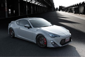 lancement de la nouvelle toyota gt86 1001moteurs. Black Bedroom Furniture Sets. Home Design Ideas